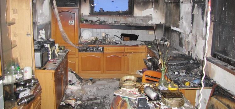 Zimmerbrand mit Lebensretter
